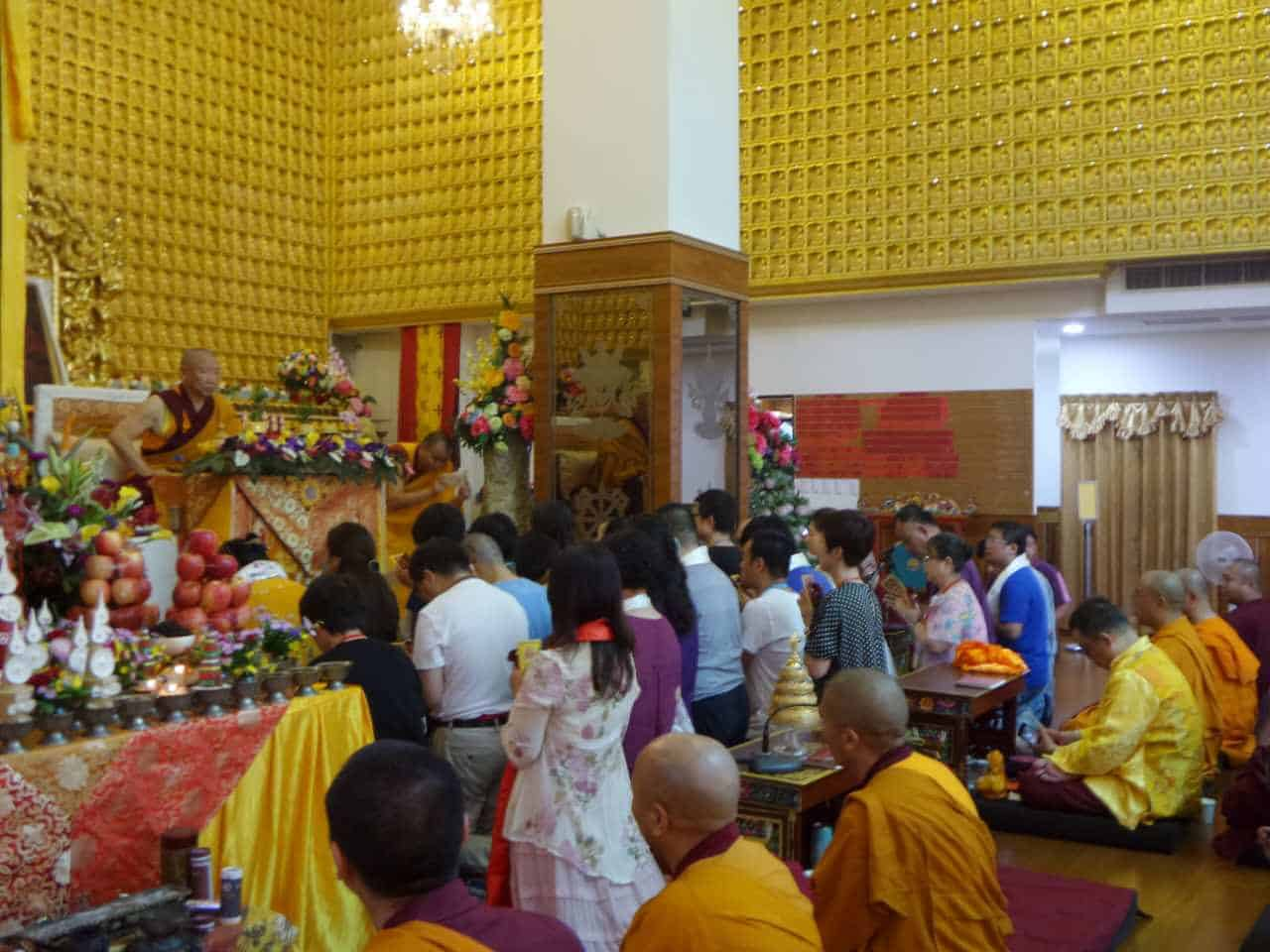 gosok-rinpoche-2016-10-66a93b69492be28bf18cace44a1182f1_