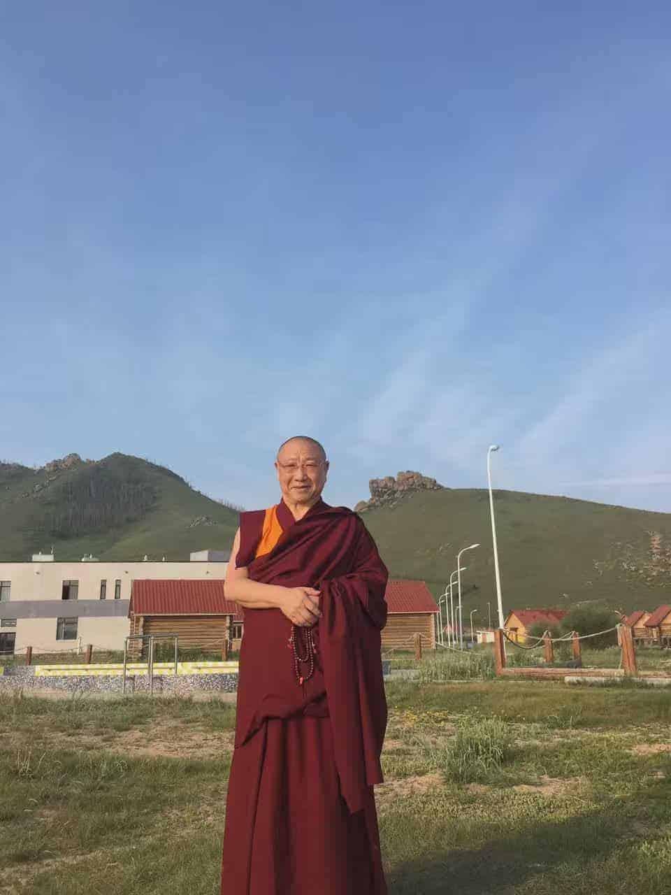 gosok-rinpoche-mongolia-2016-9ad67d7dd9541dd7f35f5fcc195b77d