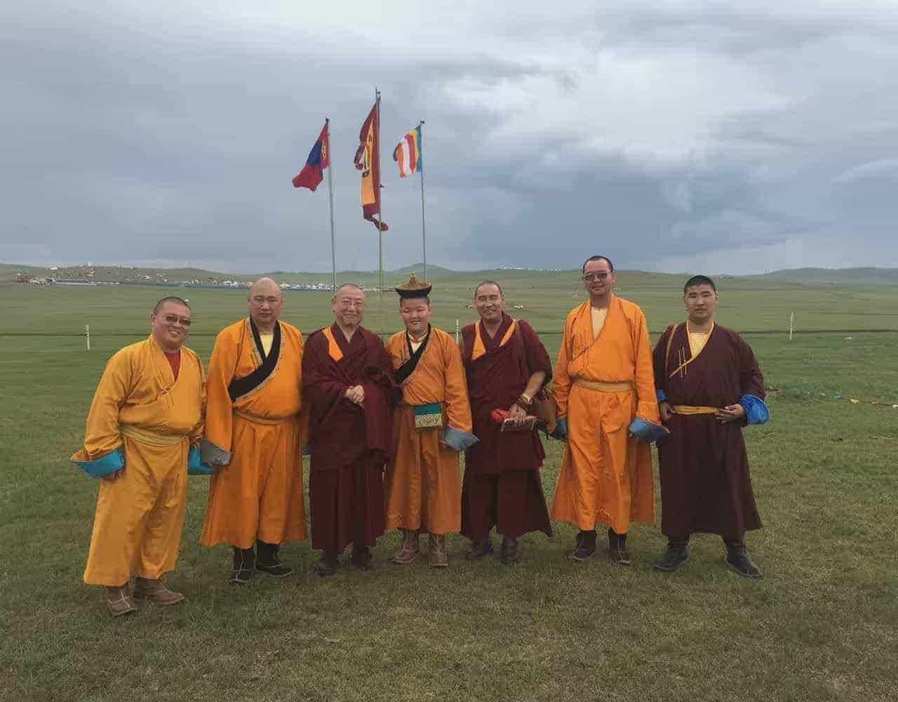 gosok-rinpoche-mongolia-2016-c1daa9a063d17bb741a90240ae43975