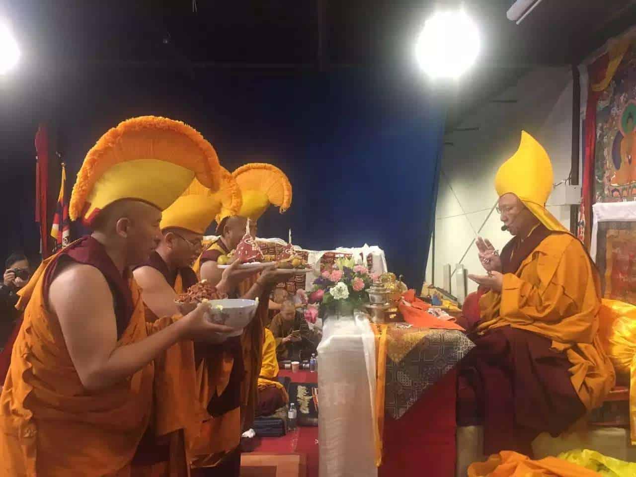 gosok-rinpoche-toronto-2016-31d2135de9a6a06b3b03bf3ee1df527