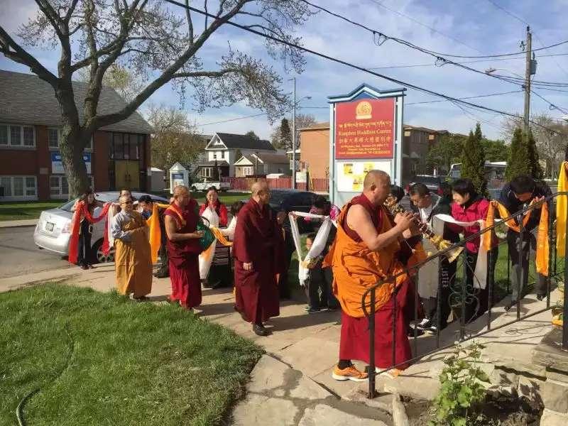 gosok-rinpoche-toronto-2016-b85421dbcf15febedb6945110767d83