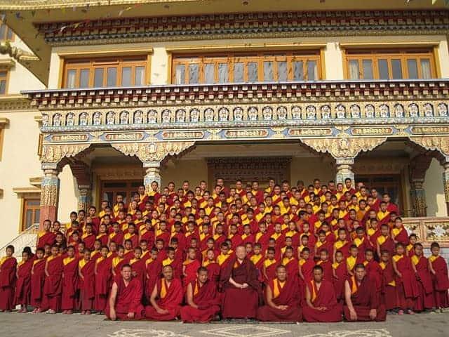 gosok-rinpoche-nepal-phuntsok-choeling