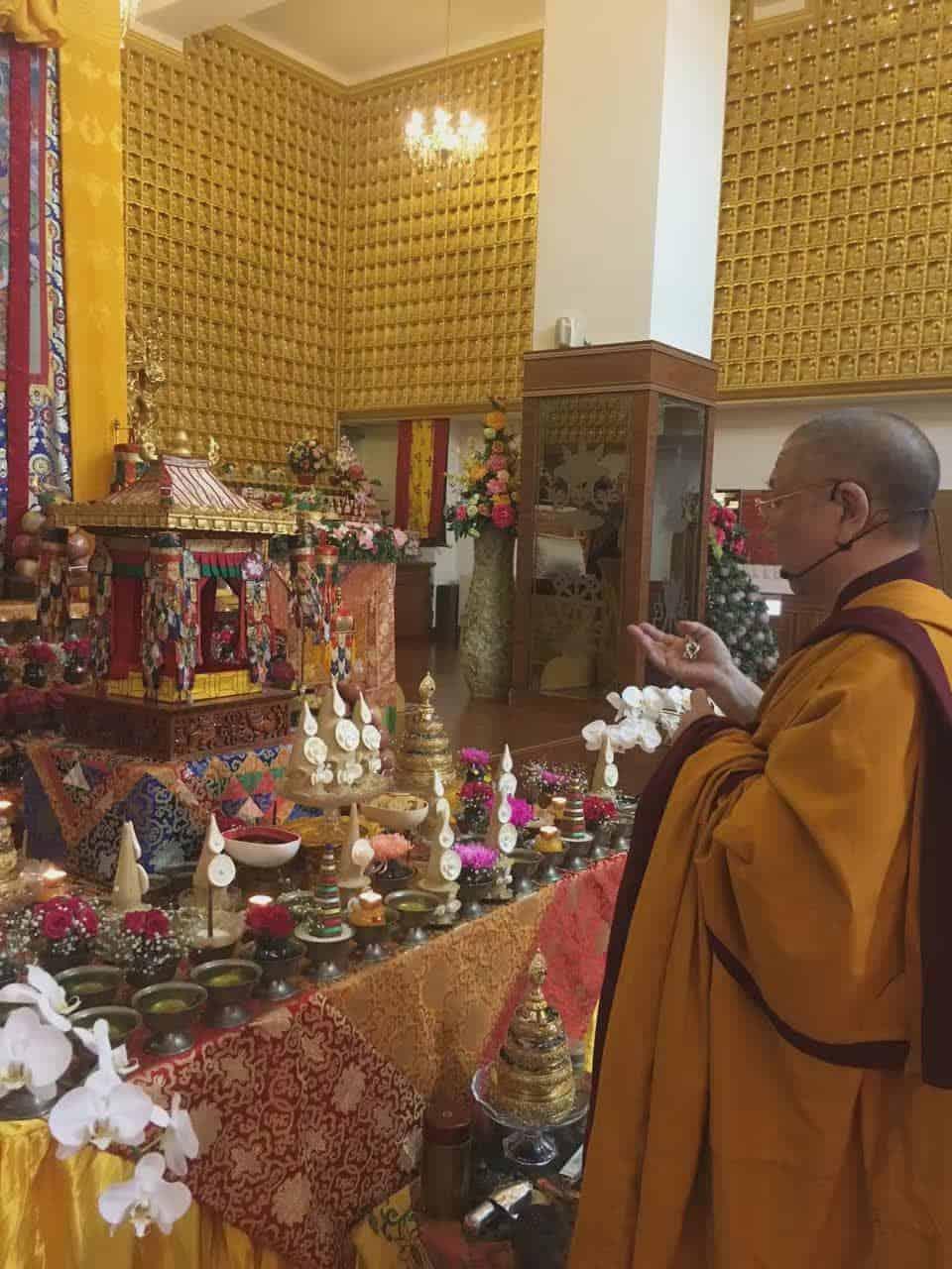 gosok-rinpoche-2016-07-1ea6e934087c3ffca3bf63f087f4f9a