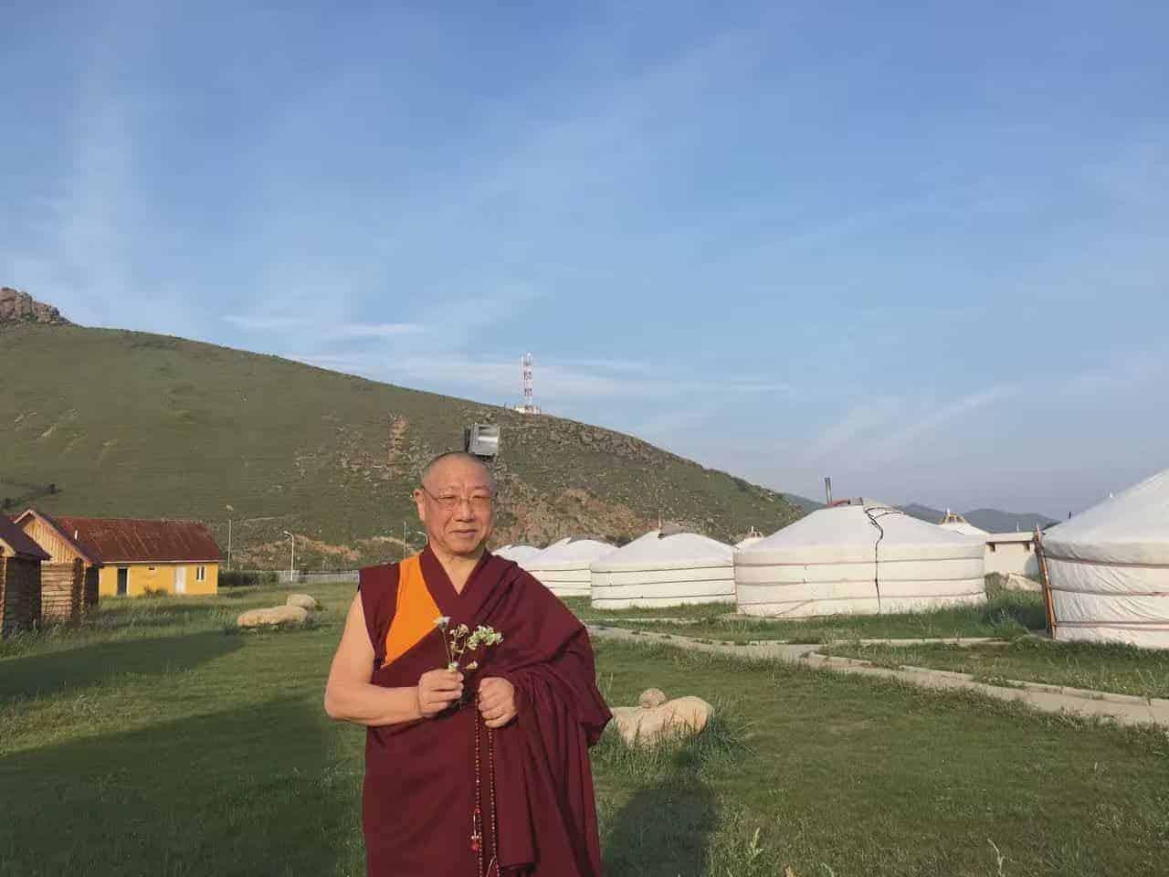 gosok-rinpoche-mongolia-2016-878cf0f19058abd687c1f017b0daa88