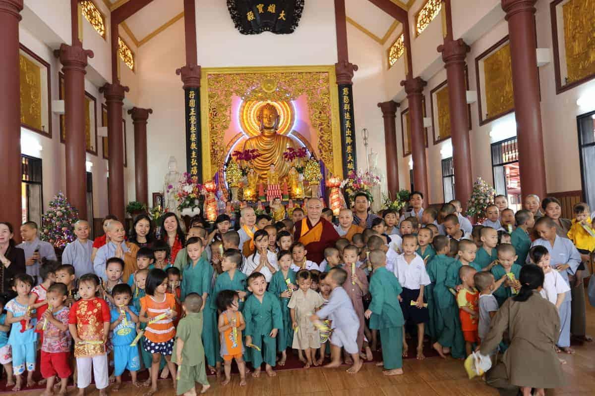 gosok-rinpoche-vietnam-2016-075a0310_resize