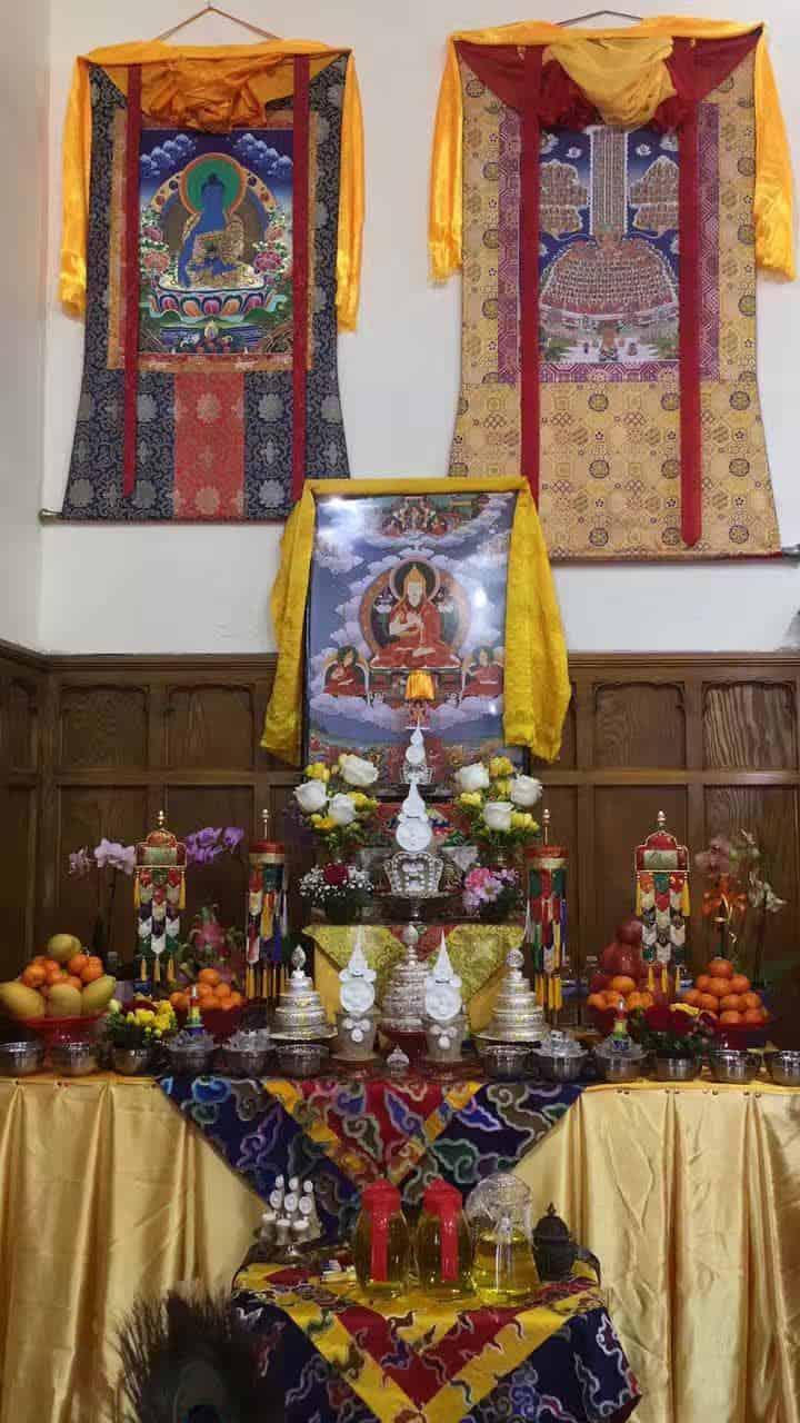 Gosok Rinpoche Toronto 2017-04 005 c46b5eebf5d591935379897277817fc