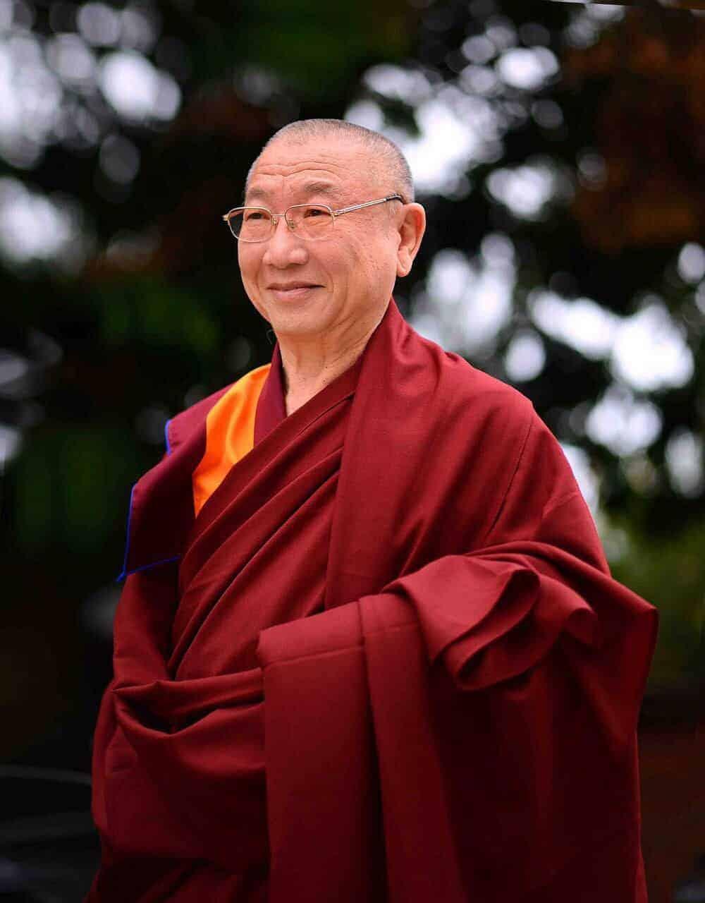 Gosok Rinpoche Vietnam 2017-02-17 b6add0f6f00dada9d10f8ecc6d2d4b7