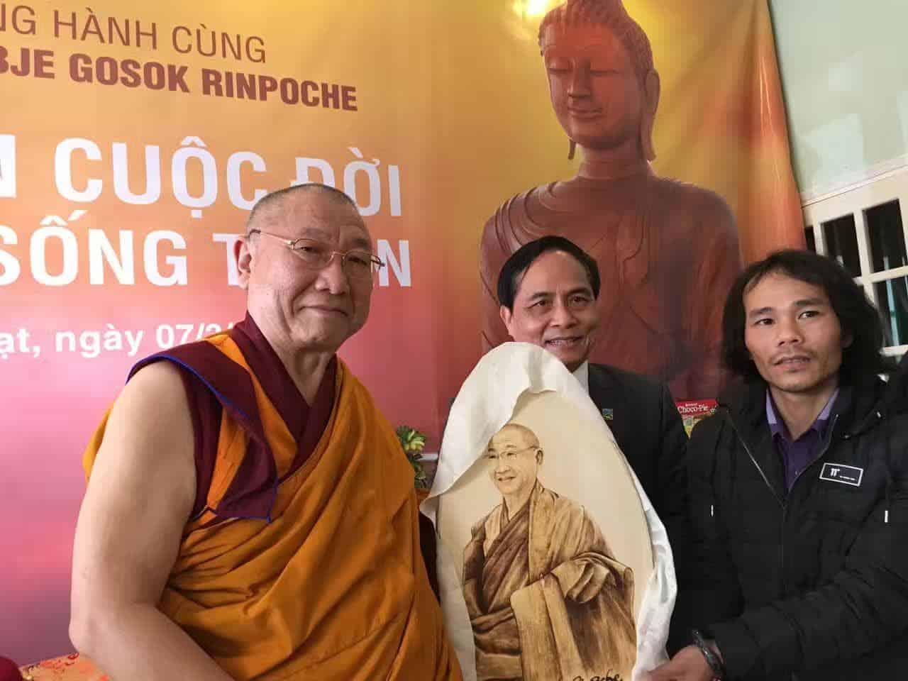 Gosok Rinpoche Vietnam 2017-03-07 133d1d2c5f39f19ef39cde22242dccf