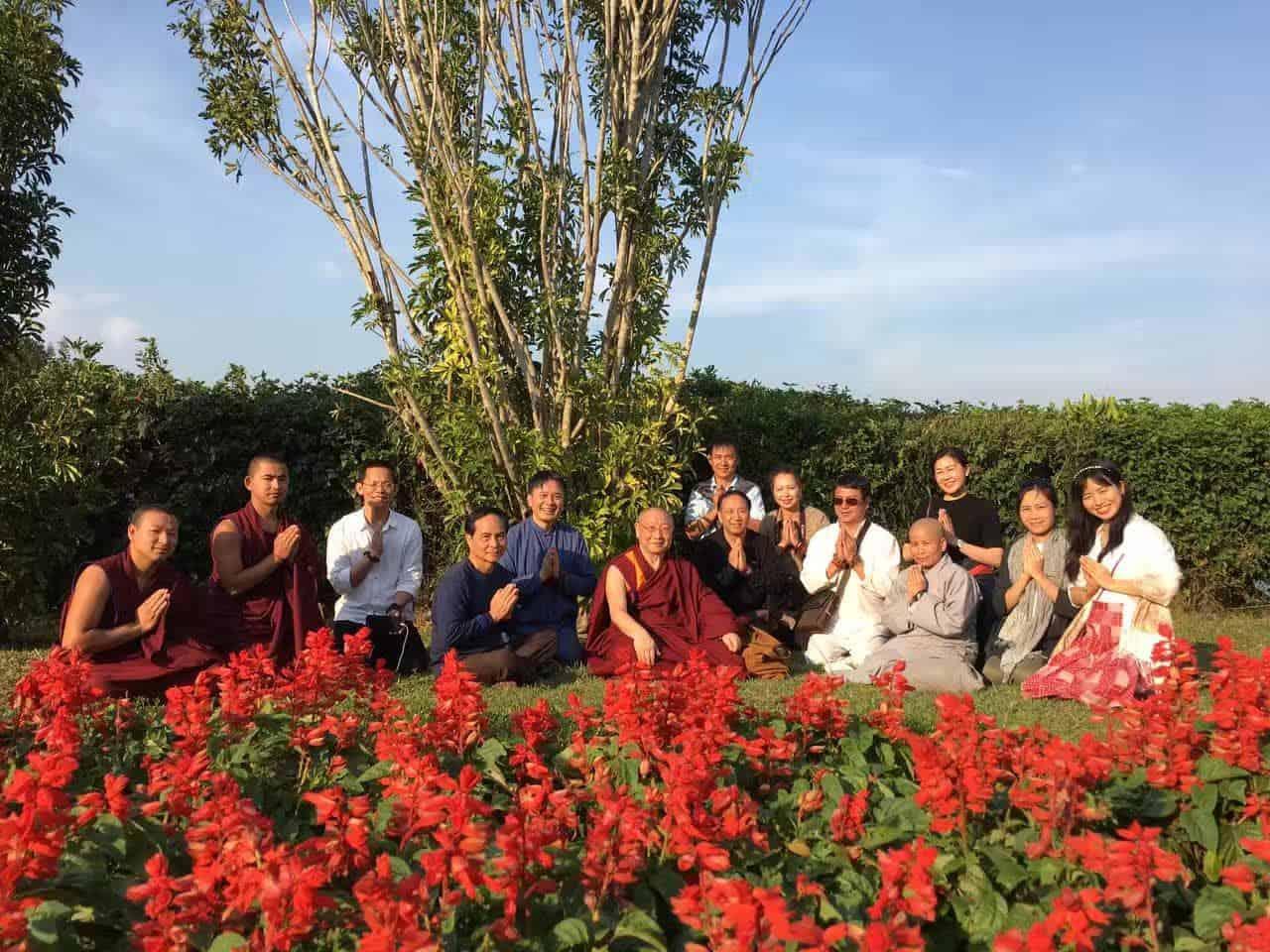 Gosok Rinpoche Vietnam 2017-03-07 1414582a338304420d892b63cb244b3