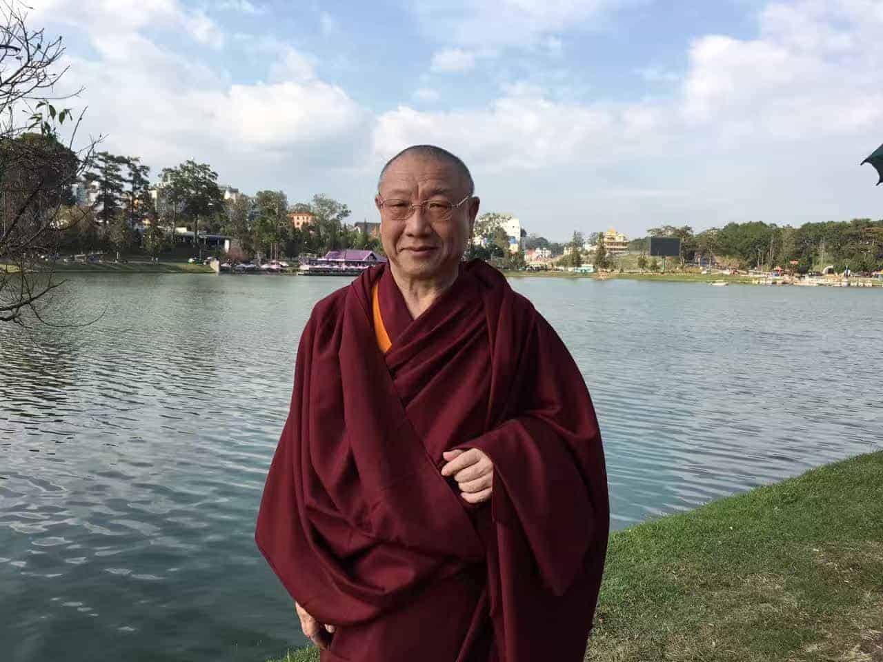 Gosok Rinpoche Vietnam 2017-03-07 c2caa11d85d0b7435321b3eeb2d0108