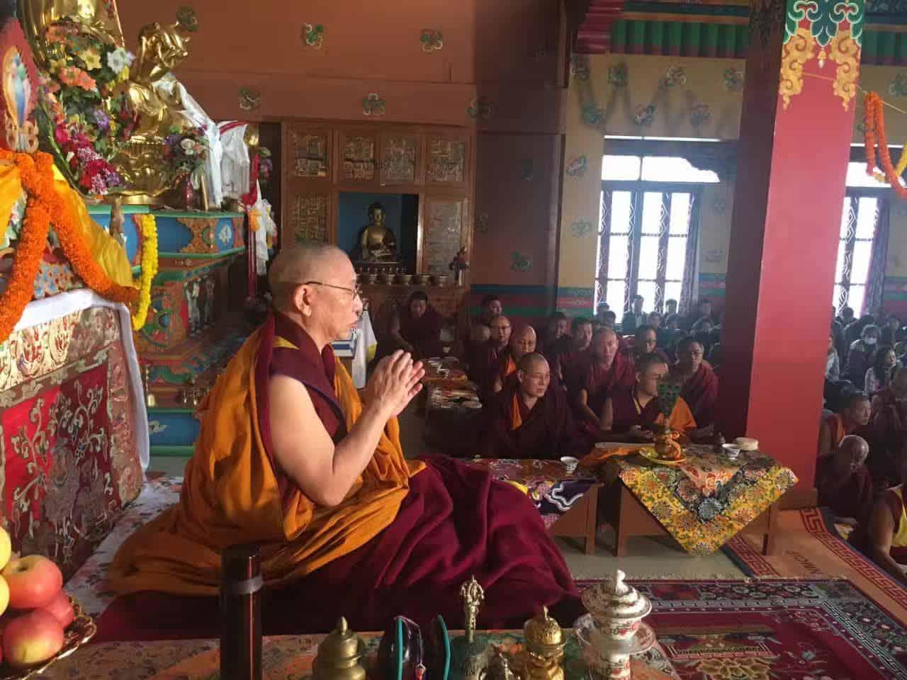 Gosok Rinpoche India 2017 longlife be0599c1e79499c76c630da9f54a5c2