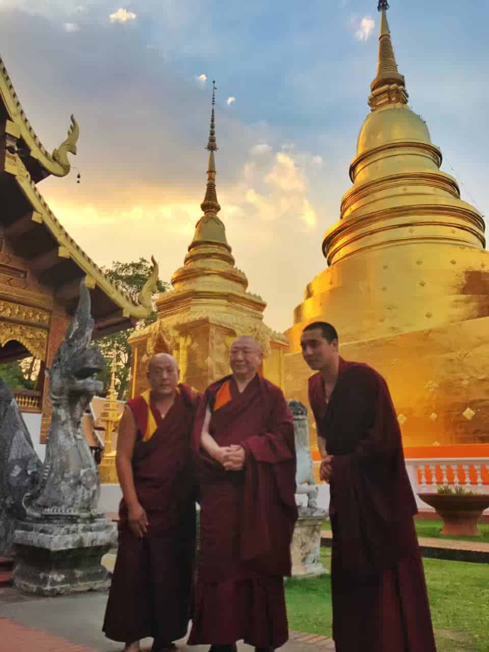 Gosok Rinpoche Thailand 2017 T006 cfac4cd5a207dfa9418aedac0c8f815
