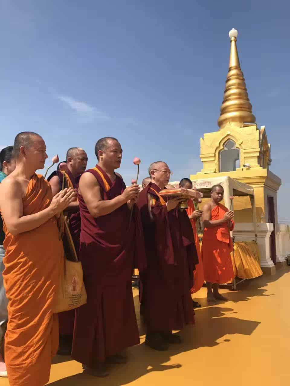 Gosok Rinpoche Thailand 2017 T027 fd01f93e73f3fd4f2b716cc5d6cace1