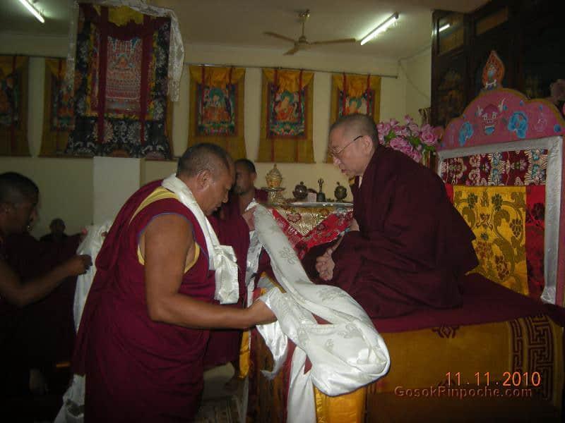 2010-11-11 Gosok Rinpoche in Gosok Ladang 36