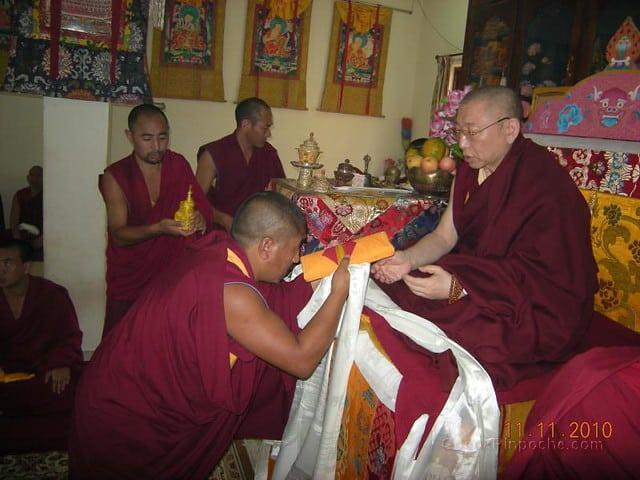 2010-11-11 Gosok Rinpoche in Gosok Ladang 49