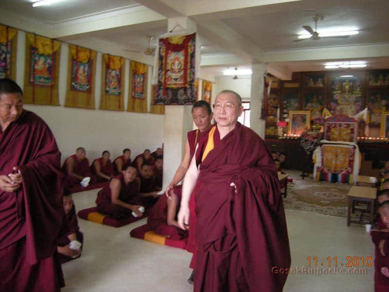 2010-11-11 Gosok Rinpoche in Gosok Ladang 55