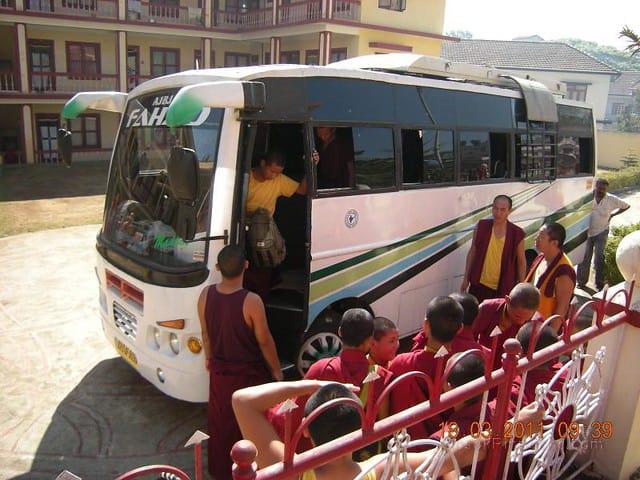 Gosok Ladang 2011-03-18 Arrival of 25 Small monks 5537310374_da52bdd7a3_z
