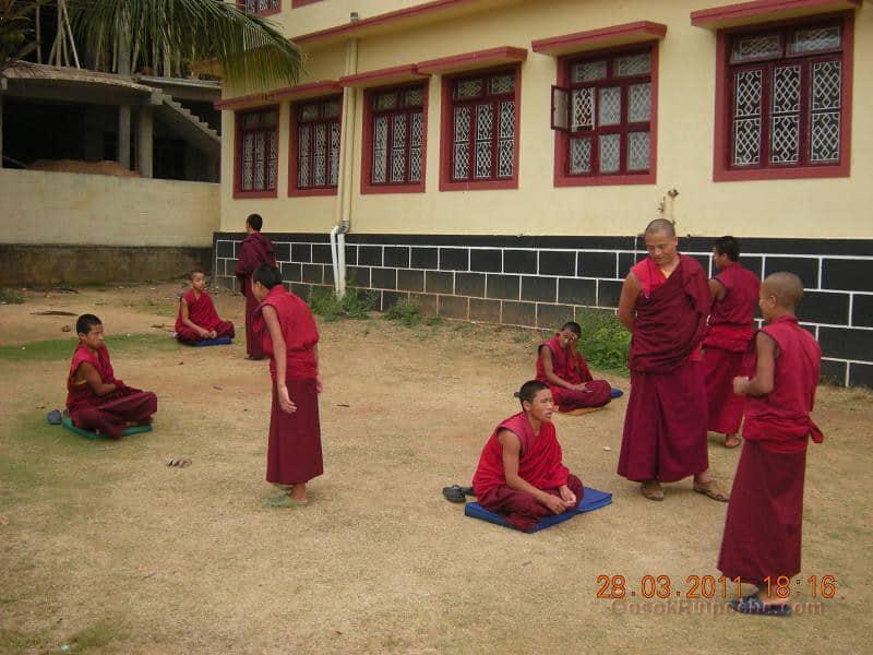 Gosok Ladang 2011-03-25 Practicing Debate 5575940719_b4acd5510a_b
